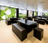 BedrijfsAutoRAI 2012 - Foto 2 - Lounge tafel met bankje en krukje