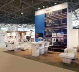 Building Holland 2014 - Foto 9 - stand met White Wash meubilair
