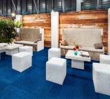 Infosecurity 2017 - foto 10 - VIP Lounge met banken