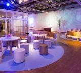 SYTTD 2015 - Foto 10 - Lounge met nieuwe banken